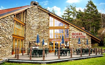 3–6denní pobyt s polopenzí, fitness a dalšími slevami v hotelu Na Jezeře u Lipenské nádrže