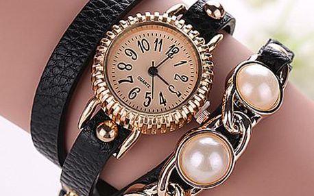 Dámské náramkové hodinky s vroubkovaným ciferníkem, koženým páskem a perlami