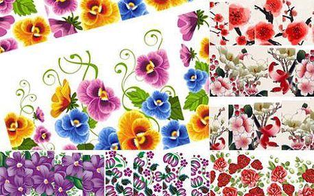 Květinové ozdoby na nehty
