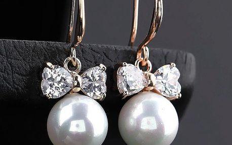 Elegantní náušnice s perlou a mašličkou ze zirkonů