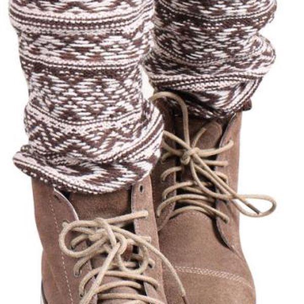 Pletené návleky na nohy s vodorovným vzorováním