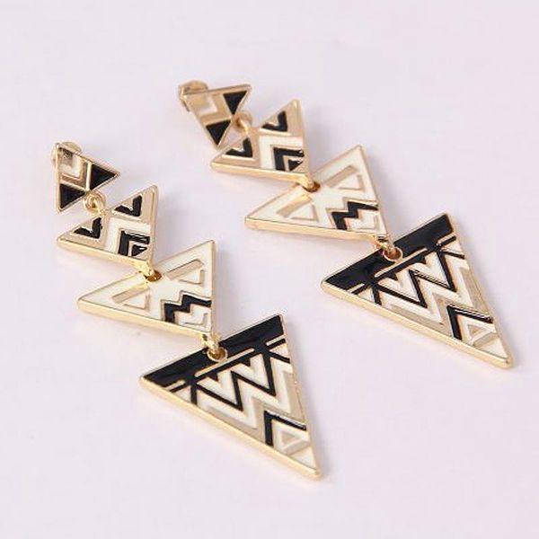 Geometrické trojúhelníkové náušnice se zlatým lemem