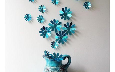 3D dekorace v podobě květů