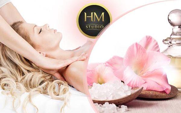 Aroma masáž celého těla - bohatá dávka energie pro tělo i mysl! 60 nebo 90 minut relaxu ve Studiu HM!