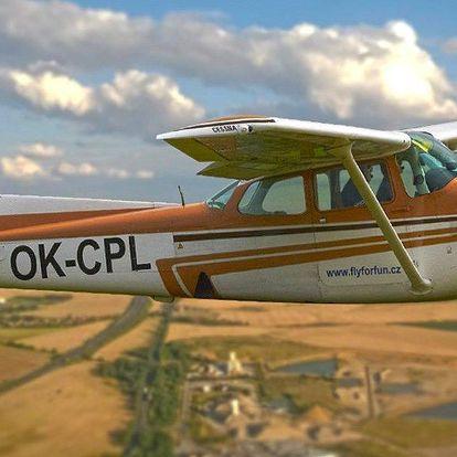 Pilotem bez zkoušek: Proleťte se nad krajinou