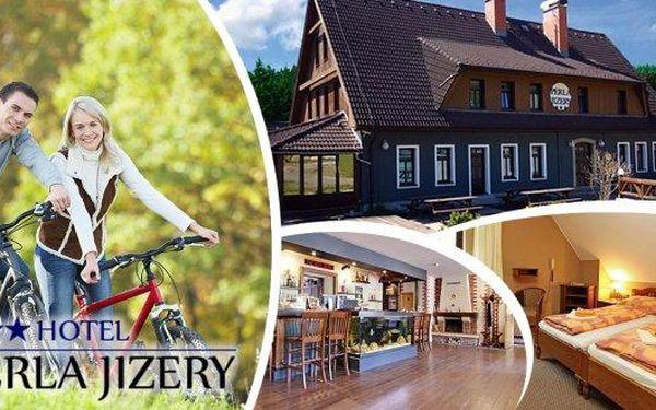 Babí léto 2016 v Jizerských horách - relaxační pobyt v luxusně vybaveném hotelu Perla Jizery na 6 dní pro 2 osoby. Bohaté snídaně, dvouchodové večeře a ideální podmínky pro cykloturistiku i pěší turistiku. Romantické pohledy a tichá nostalgie přitahují ná