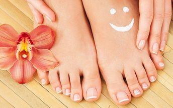 Připravte své nohy na sezónu - mokrá pedikúra