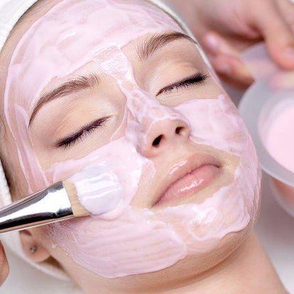 Kosmetické ošetření s k. hyaluronovou a Q10