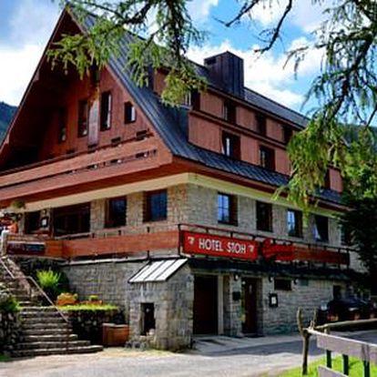 3 nebo 4 dny ve Špindlerově Mlýně s polopenzí v Hotelu STOH***+ a dítětem do 6 let zdarma