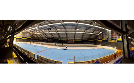 Hodina ve sportovní hale Jižní Město za mimořádných 690 Kč! Florbal, fotbal, házená, futsal, stolní tenis, atd.