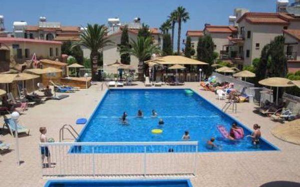Kypr, oblast Larnaca, doprava letecky, bez stravy, ubytování v 3* hotelu na 8 dní