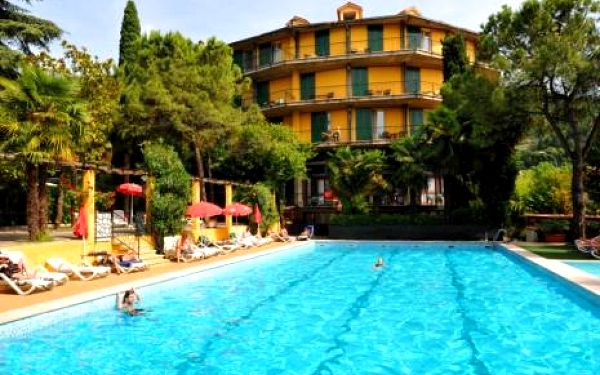 Itálie, oblast Lago di Garda, doprava vlastní, polopenze na 8 dní