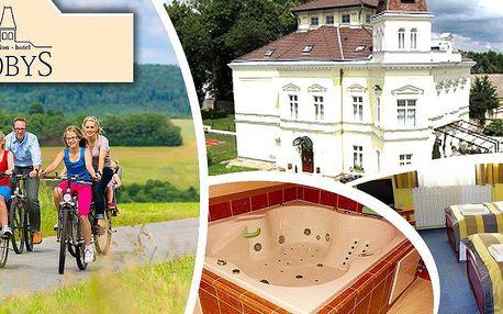Wellness pobyt pro dva či rodinu v Hotelu Nobys s polopenzí, saunou, vířivkou, odpolední kávou aj.