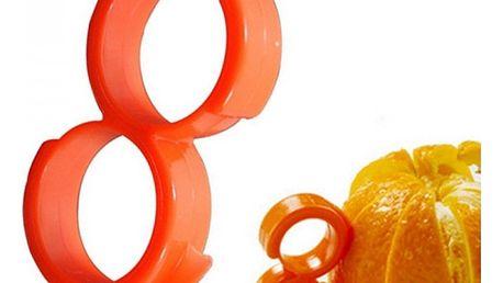 Pomůcka k loupání citrusů