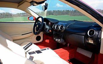 Jízda ve Ferrari 458 na okruhu
