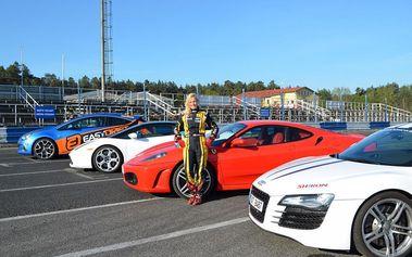 Projížďka ve třech supersportech na okruhu, cena včetně pohonných hmot!