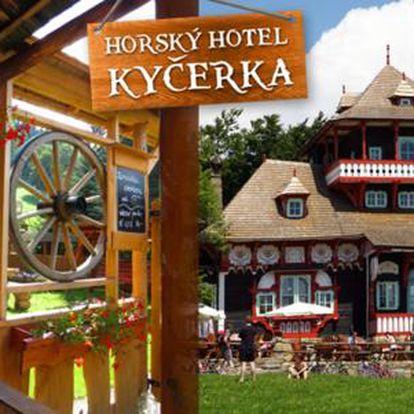 Víkendové pobyty v hotelu Kyčerka s polopenzí, saunou a sportováním, platnost do 12. 6. 2016