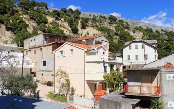 Chorvatsko, oblast Omiš, doprava vlastní, bez stravy na 8 dní