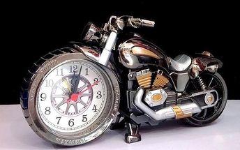 Budík v designu motorky