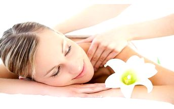 Nechte se hýčkat: Reflexní, aroma nebo rekondiční masáž za exkluzivní předvánoční cenu!
