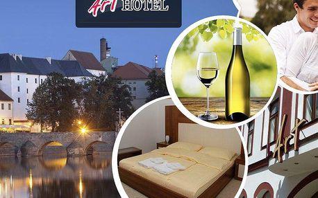 Romantika pro 2 na 3 dny v hotelu Art. Polopenze, káva a dezert - poznejte malebné okolí Písku.