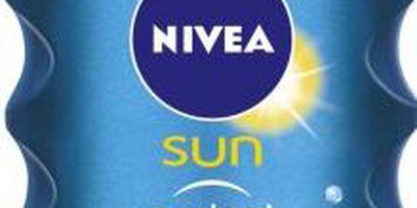 Nivea Sun Neviditelný sprej na opalování SPF 30 200 ml + Nivea Sprchový gel Waterlily & Oil 250 ml