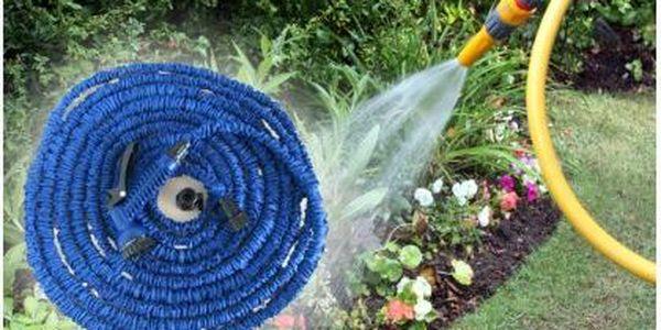 Smršťovací zahradní hadice - lehký a flexibilní zahradní doplněk s délkou až 22,5 metru.