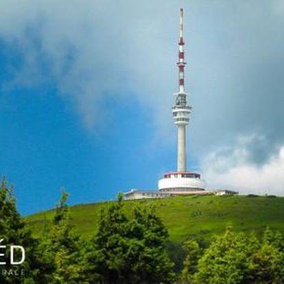 Letní dovolená s polopenzí ve vysílači na vrcholu Pradědu. Nejvýše položený hotel a restaurace v ČR! Platnost až do 31.10.2016