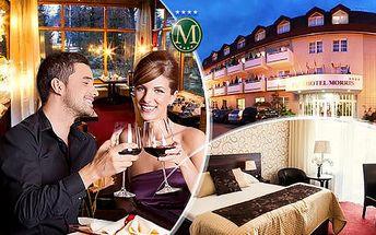 Morris**** Nový Bor na 3 dny pro 2 osoby s polopenzí, romantickým 3chodovým menu a bohatým wellness!
