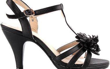 Letní páskované sandálky