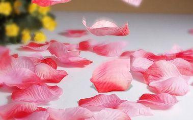 Umělé okvětní lístky růží