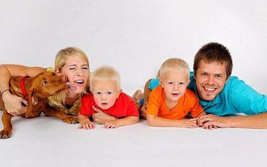 Profi focení v ateliéru pro jednotlivce i rodinu