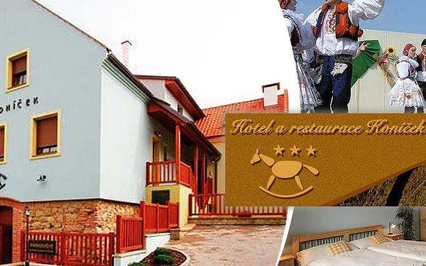 Víkendový pobyt pro dva v Hotelu Koníček na 3dny s polopenzí, vířivka pro náročné na pokoji!