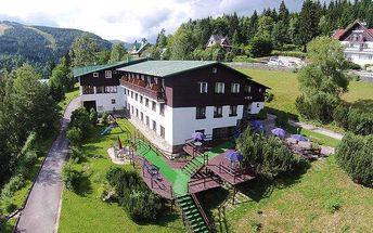 3 nebo 5denní pobyt pro 2 v hotelu Venuše ve Špindlerově Mlýně s polopenzí a slevami