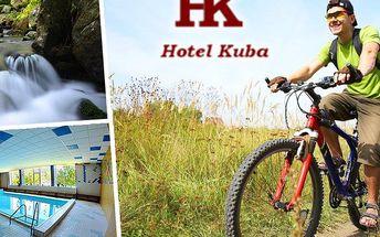 Pobyt v Hotelu Kuba s polopenzí a vstupem do krytého bazénu, herna a venkovní hřiště pro děti.