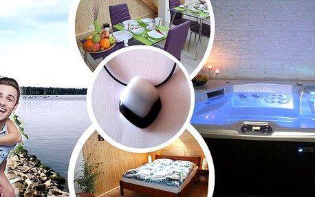 Odpočinek na Vysočině pro dva na 3 dny veStudiu Glass Doležal se snídaní, infrasaunou, vířivkou, originálním skleněným šperkem dle vlastního výběru, možnost využití lehátek v zahradě, prohlídka galerie skla.
