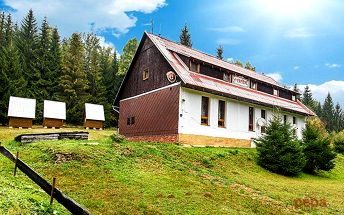 3 nebo 6denní pobyt v horské chatě Na Papírně na Šumavě pro 2 s polopenzí
