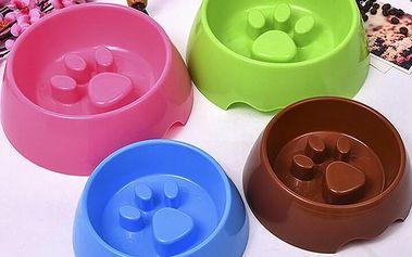 Plastová zpomalovací miska pro psy