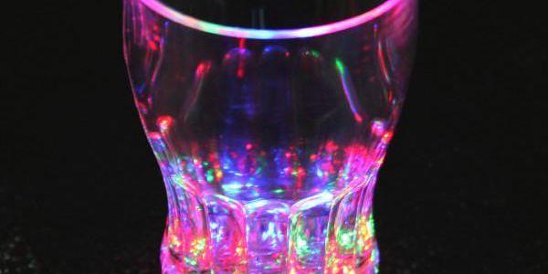 Originální sklenička s LED světlem
