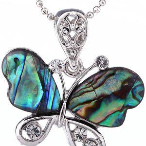 Přívěsek motýl babočka Paua perleť
