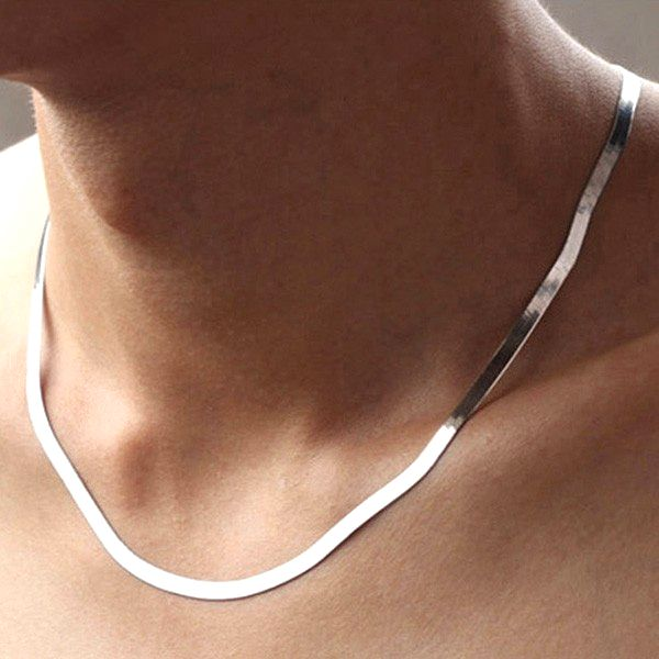 Široký pánský řetízek na krk - stříbrná barva
