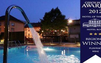Letní wellness hotel Central Klatovy 3 dny s polopenzí, saunou, teplým vnitřním a venkovním bazénem.
