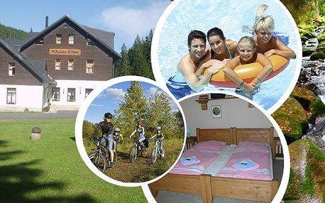 Relaxační pobyt v penzionu Panský dům na Kvildě v srdci Národního parku Šumava pro 2 osoby na 3 nebo 6 dní s polopenzí, neomezeným vstupem do bazénu a saunou. Užijte si nádhernou šumavskou přírodu.Skvělé zázemí pro děti - trampolína, houpačky, dětský kou