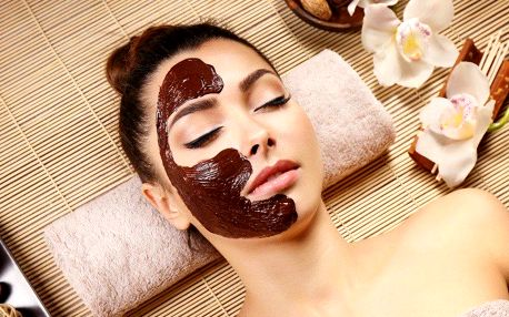 Čokoládová masáž obličeje a dekoltu s maskou