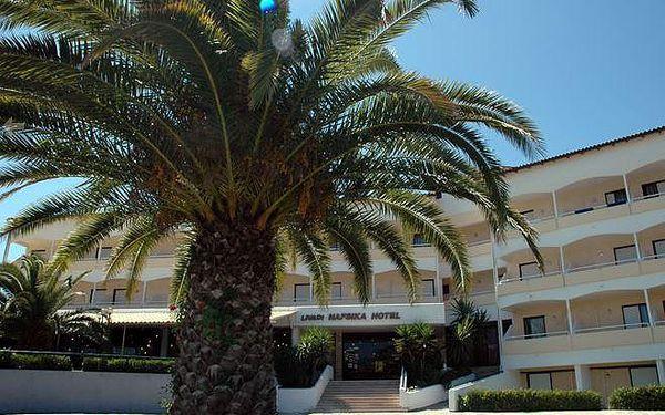 Řecko - Korfu na 8 až 11 dní, all inclusive nebo polopenze s dopravou letecky z Prahy 300 m od pláže