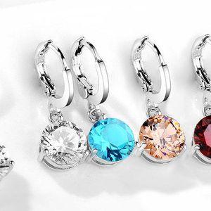 Elegantní set šperků se třpytivými zirkony