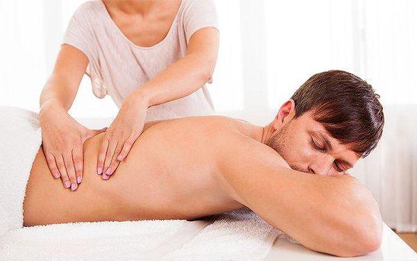 Detoxikační, sportovní nebo relaxační masáž v Ostravě