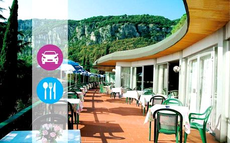 Dovolená na 5 nocí u Lago di Garda s polopenzí a rakouskou dálniční známkou zdarma