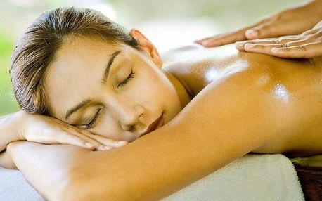 60minutová ABS masáž pro uvolnění páteře