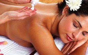 60minutová masáž se skořicovým zábalem